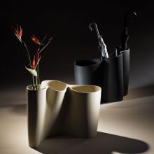 Vase Umbrella Stand B