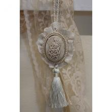 Tassel Romantic
