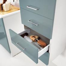 Laundry column with right door and drawers Brava