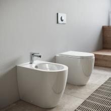 Back to wall rimless wc Tour